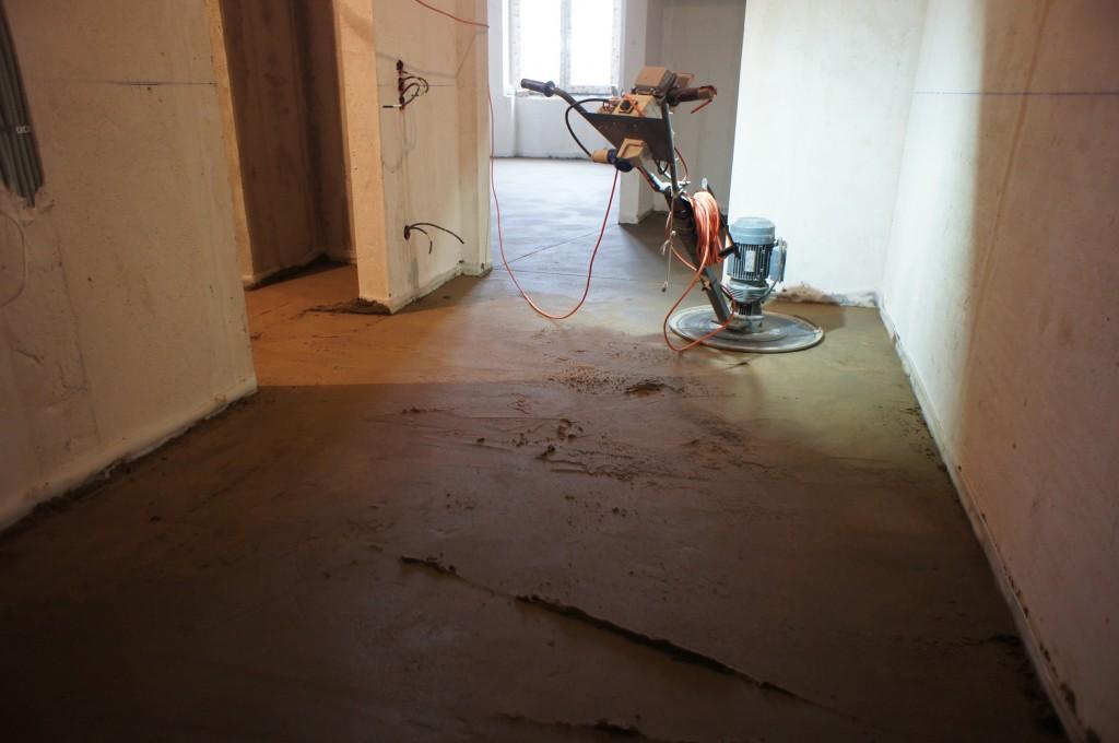 бетонная стяжка по полу